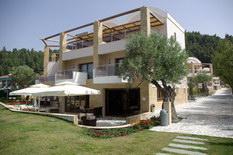 Ценопад на недвижимость в Греции продолжается.