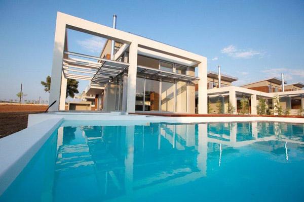 Лучшее время для аренды недвижимости в Греции