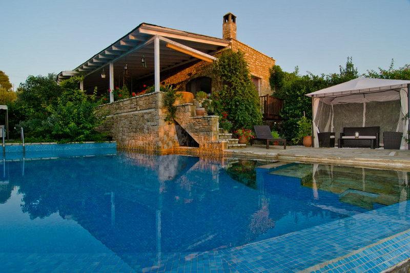 Что надо знать, чтобы выгодно арендовать недвижимость в Греции в 2020 году