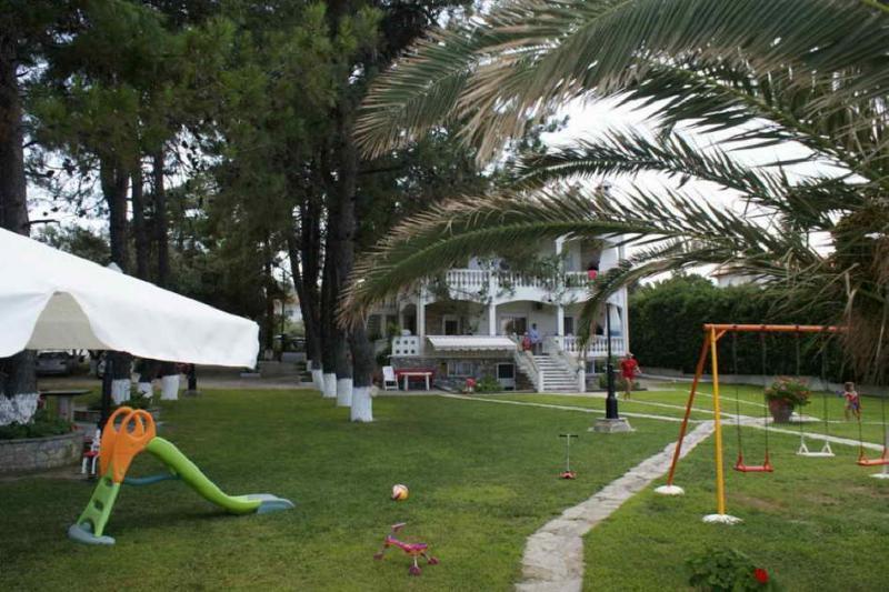 Фемида4* апартаменты у моря в Халкидиках( в комплексе)