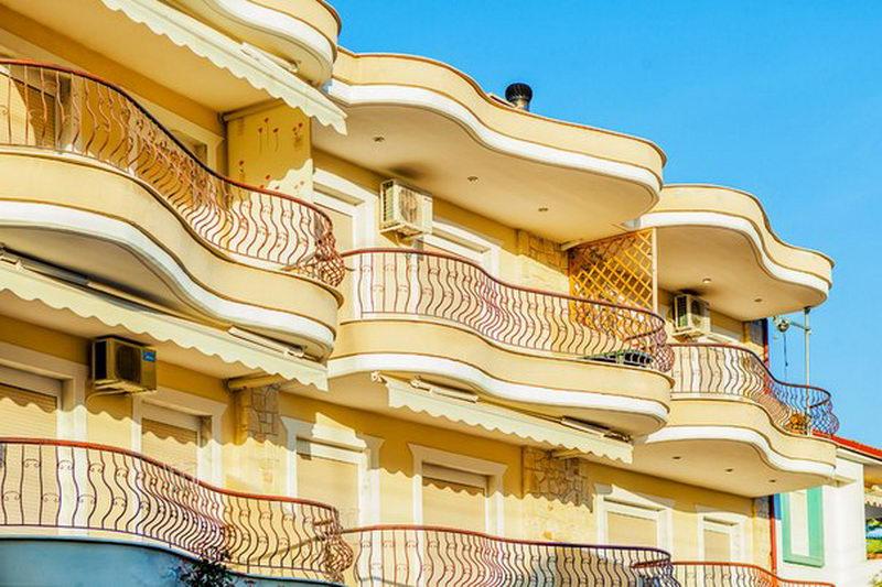 РандиКомфортные апартаменты в центре Пефкохори