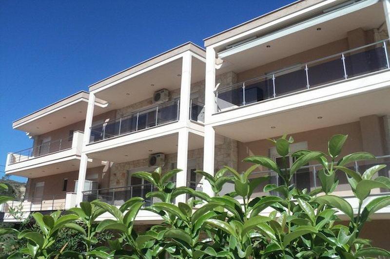ОфелияКомфортные апартаменты в центре Пефкохори