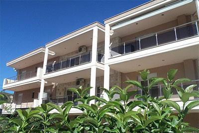 Офелия  Комфортные апартаменты в центре Пефкохори