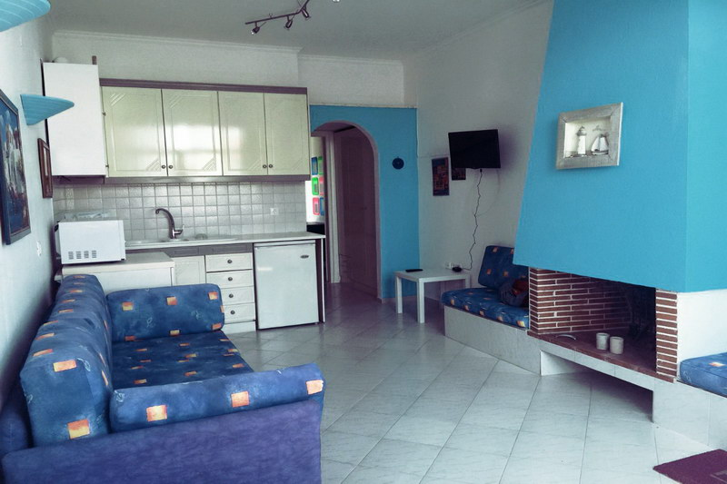 Софи3* апартаменты в центре Пефкохори