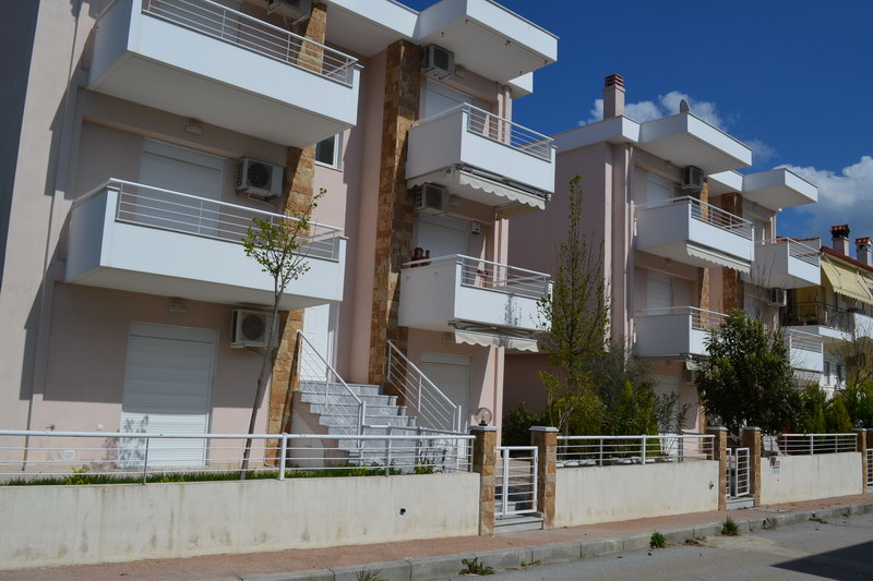 Александра4* апартаменты с бассейном