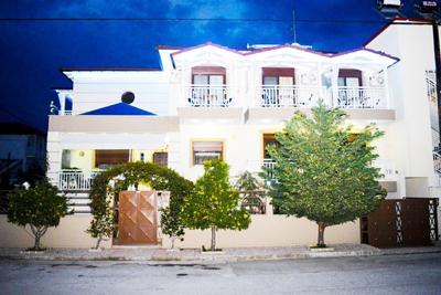 Эмми 1  Уютные апартаменты-студио недалеко от моря
