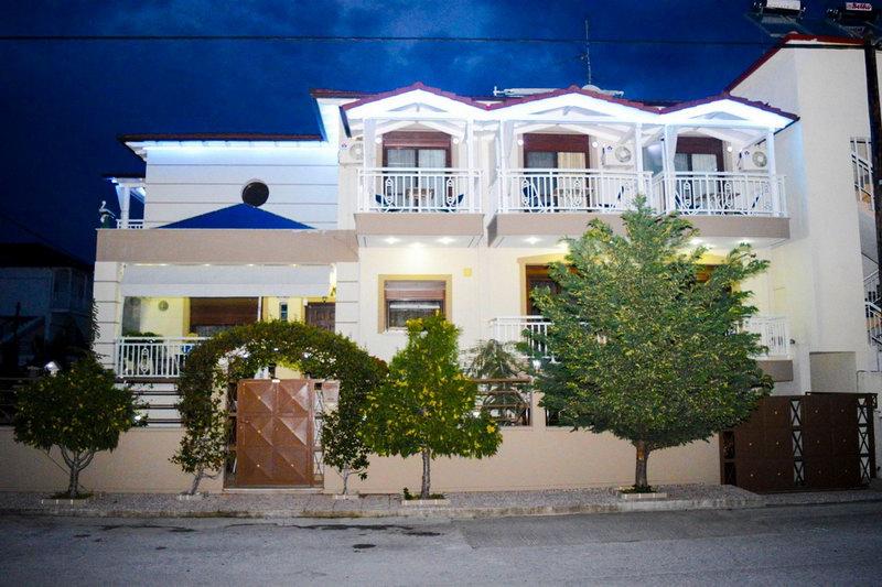 Эмми 2Уютные апартаменты-студио недалеко от моря
