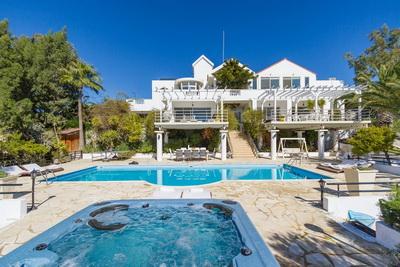 Heavens Villa
