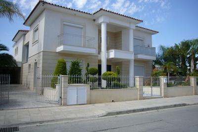 Syrian Villa - 2 M