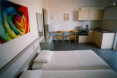 Дария Уютные апартаменты - студио в центре Фалираки